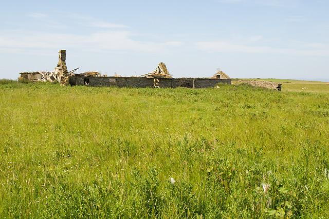 Ruined Croft near Round Hill