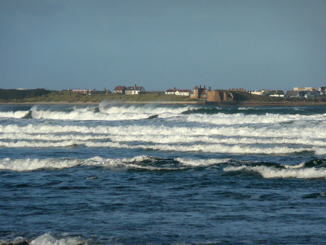 Lime Kilns at Beadnell from Beadnell Bay