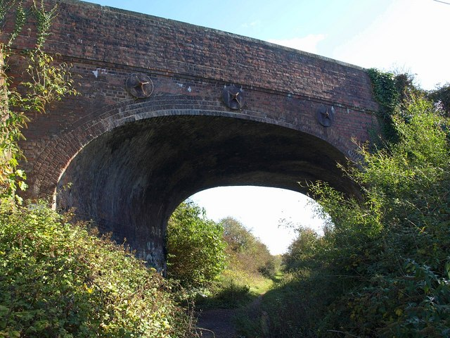 Bridge across former railway line, Ringwood