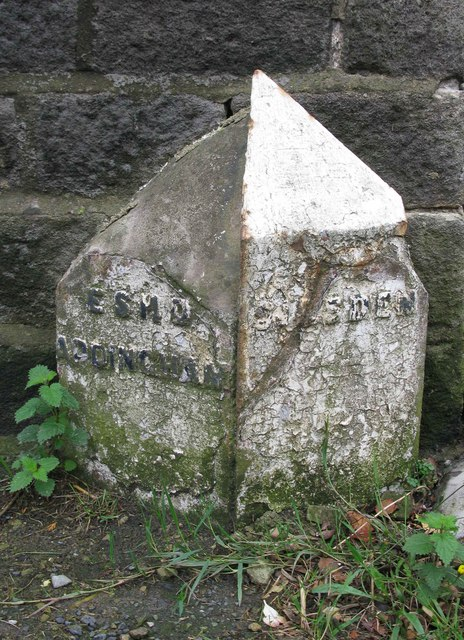 Marchup Height Boundary Stone