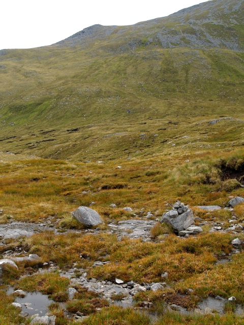Rocky ground at the entrance to Coire Gnada