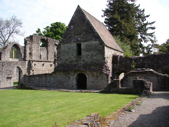 Inchmahome Priory Ruin
