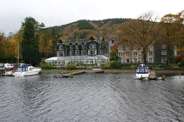 Lakeside Hotel Uk