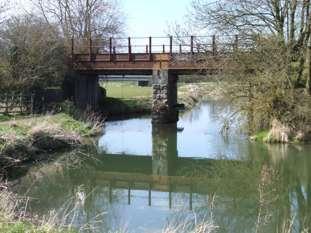 Rusty railway bridge near Towcester
