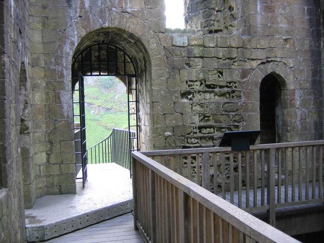 Interior Peveril Castle Keep © John Proctor :: Geograph ...