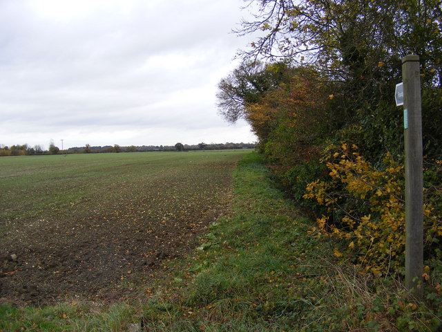 Footpath to the B1116 Dennington Road