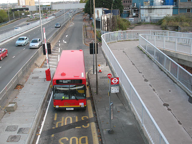 Bus stop at the end of Blackwall Lane