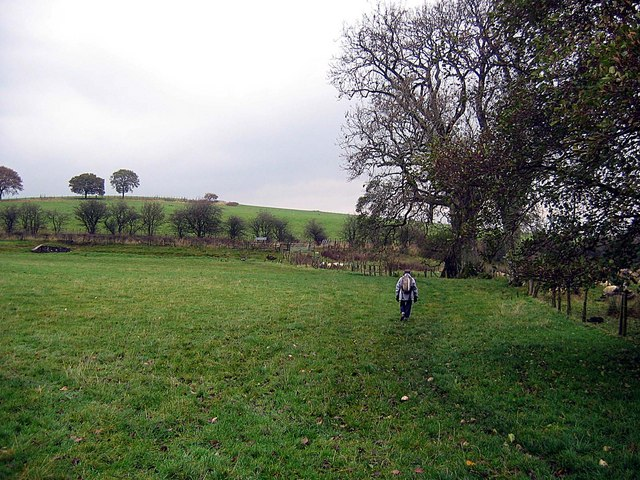 Footpath approaching the A592