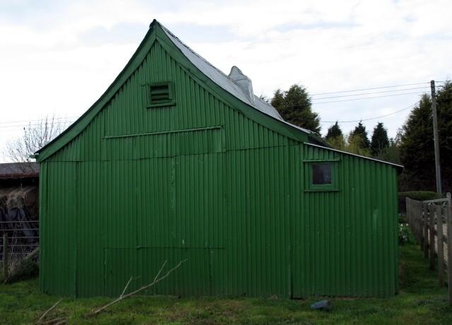 Tin Tabernacle at Puttenham,... © Gerald Massey cc-by-sa/2 ...