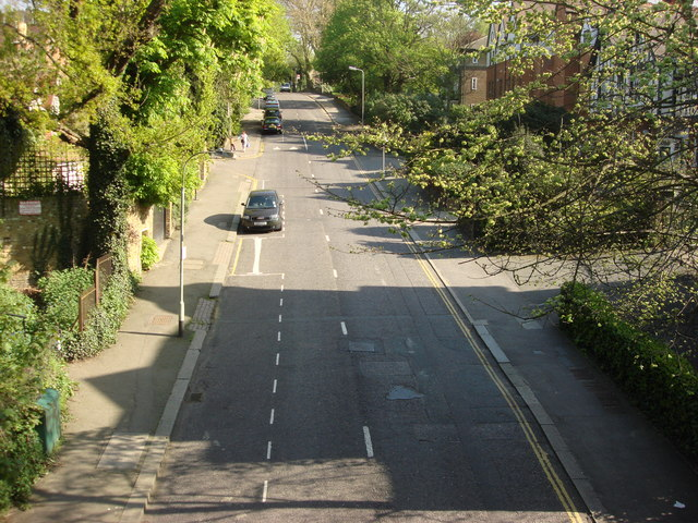 Stanhope Road from Parkland Walk
