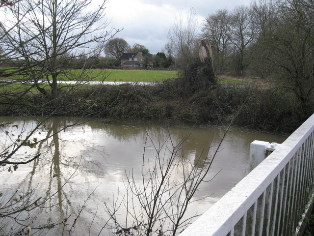 River Mole, west of Horley from the Lee Street Bridge