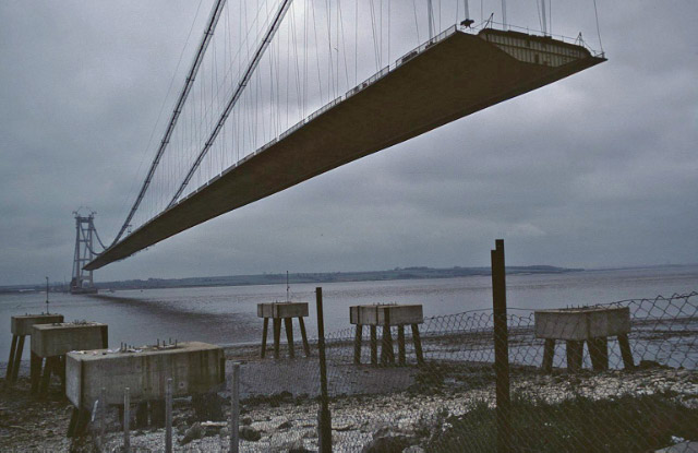Ta0225 humber bridge under construction near to humber bridge east
