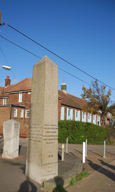 The London Stones, Upnor