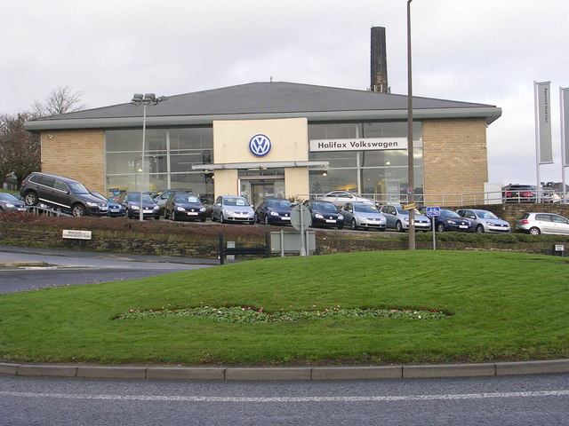Halifax Volkswagen - Brighouse &... © Betty Longbottom :: Geograph