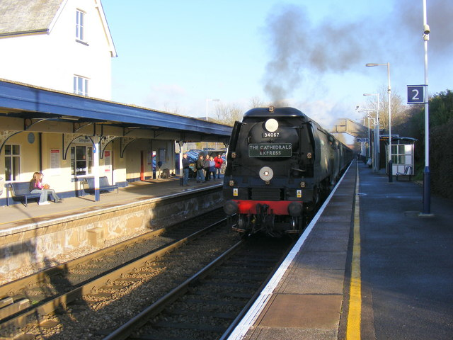 A crisp winter day at Gillingham Station.