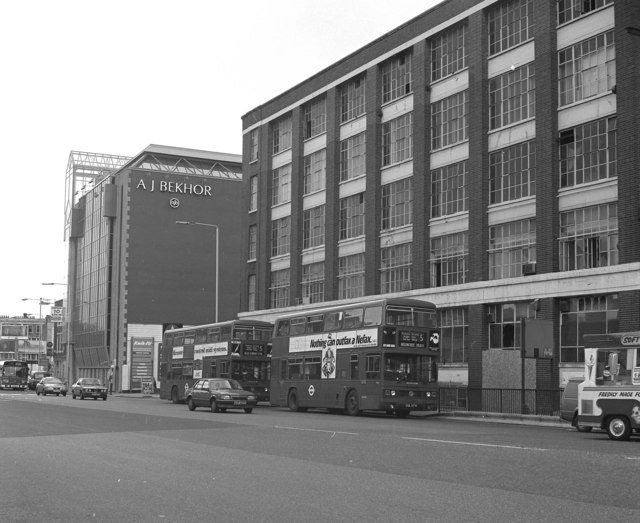 Buses in Old Street