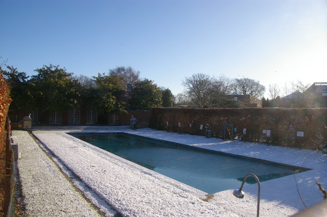 Outdoor Swimming Pool Trent Park House Christine Matthews Geograph Britain And Ireland