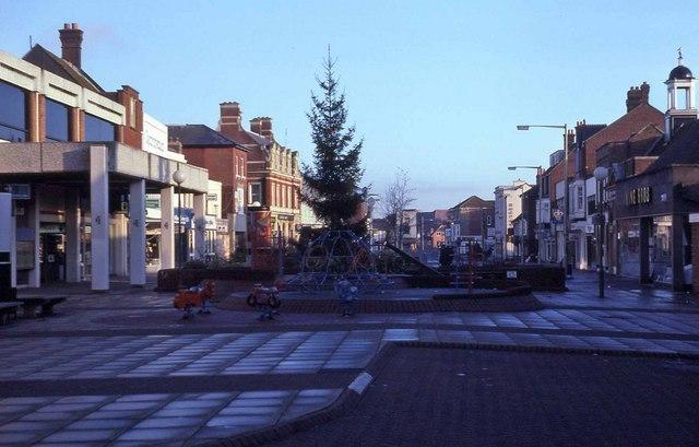 Fareham Town Centre - Xmas Day 1987 (1)