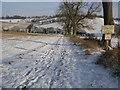 SU7390 : Footpath to Turville Heath by Shaun Ferguson