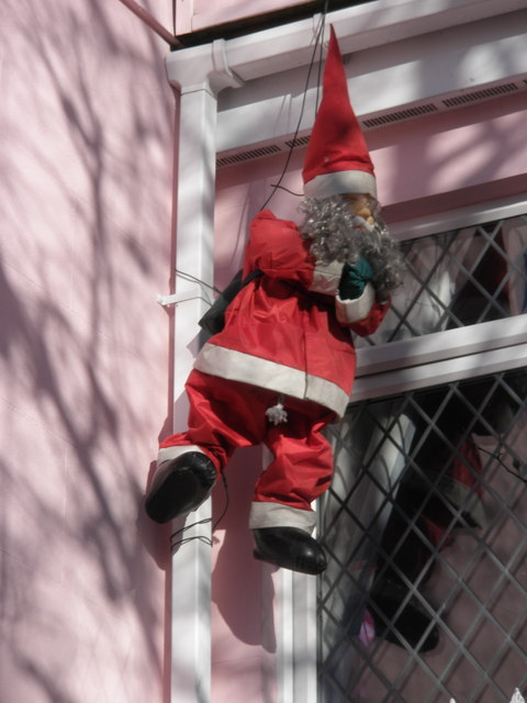 Hanging Santa, Ford Hill, Plymouth