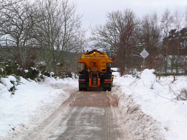 Keeping the road clear at Broallan