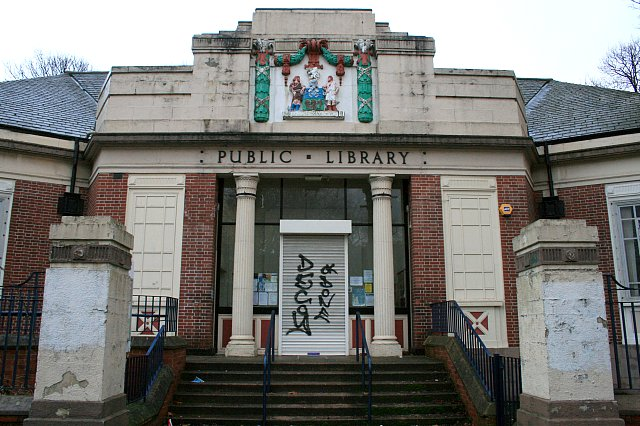 Entrance to former Firth Park Library