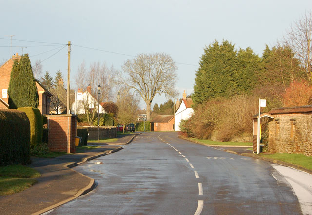 Looking north along Daventry Road, Staverton