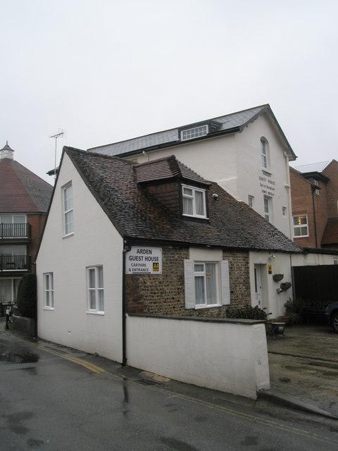 Arden Guest House in Queen's Lane