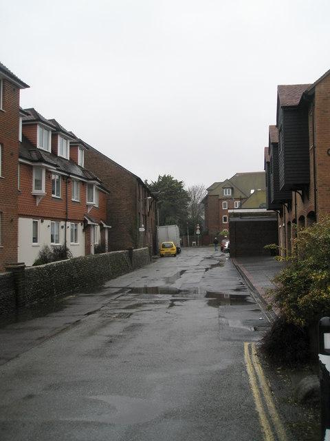 Looking along Fitzalan Road towards Queen's Lane