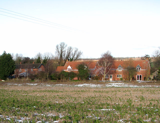 Carr Farm Cottages in Low Road