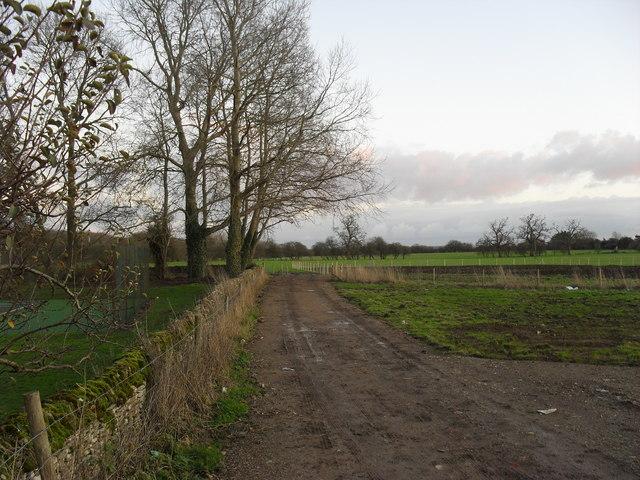 Footpath in Broadwell