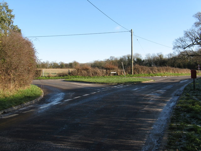 Road junction between Coltstable Lane and Kerves Lane on the left