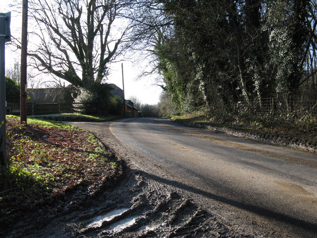Entrance to Hard's Farm at the top of Hard's Hill