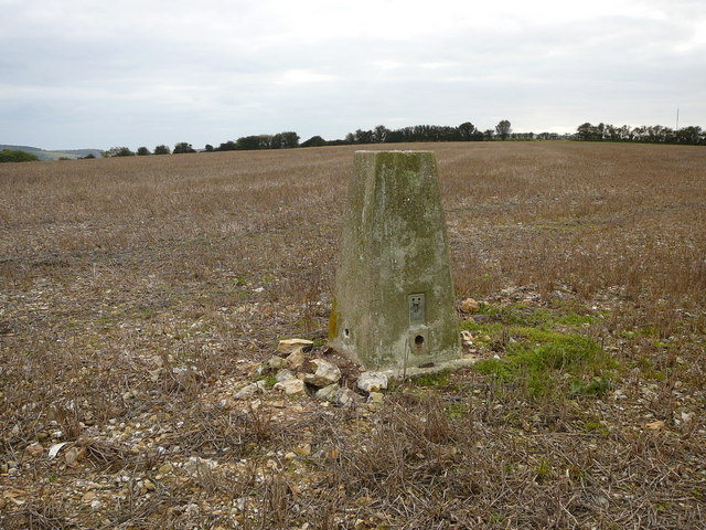 Trig point (124 metres) west of Carisbrooke