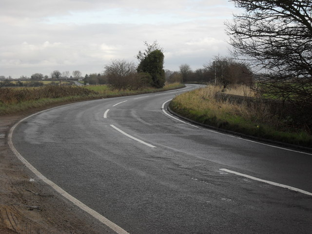 Bends in the B4477