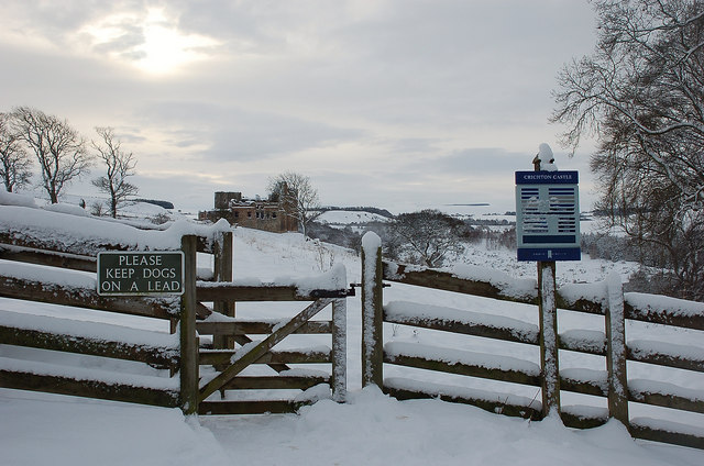 The way to Crichton Castle