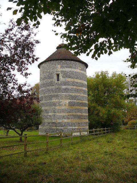 Dovecote, Bishopstone