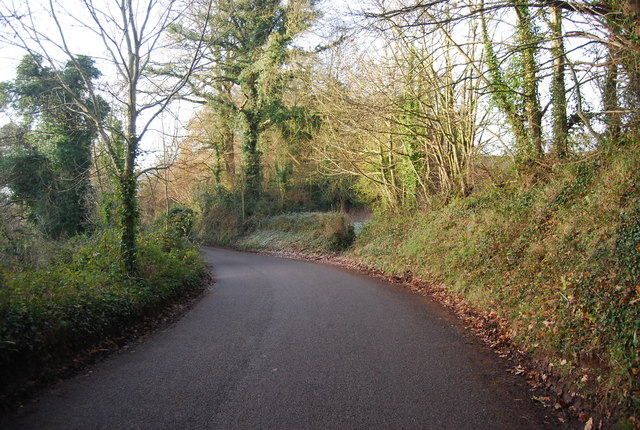 Bend in the road to Lower Roadwater