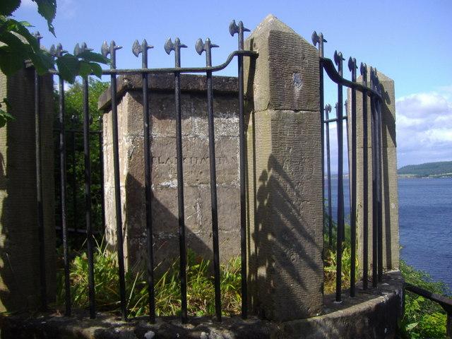 Clachnaharry Monument