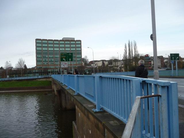 Exeter : Alphington Street Bridge over the River Exe