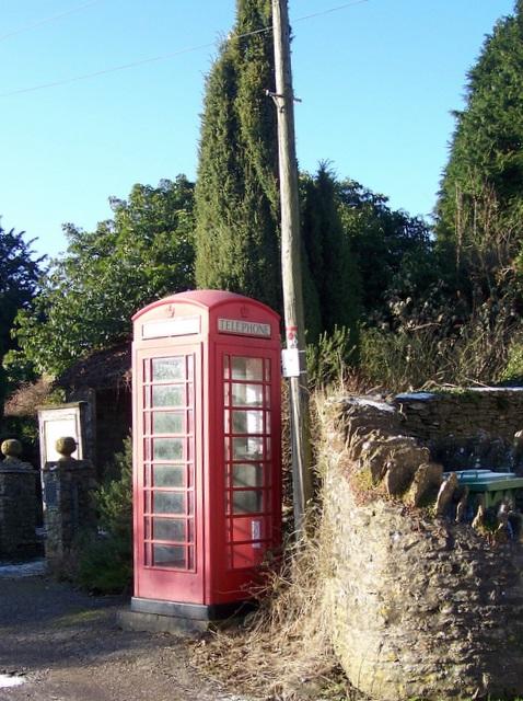 Telephone box, Upton Noble