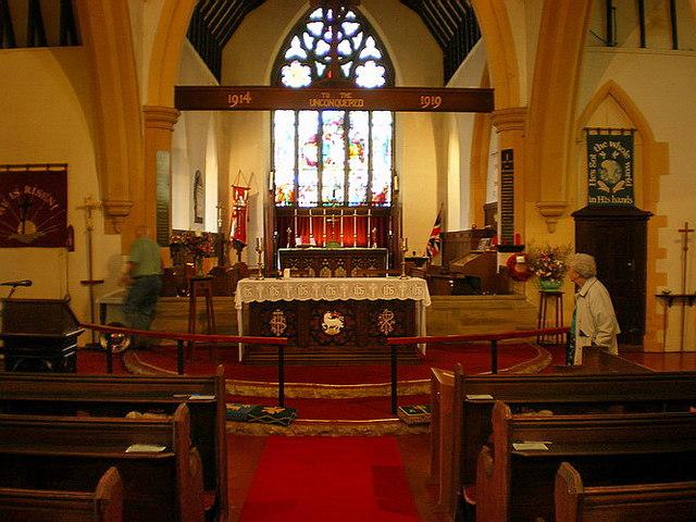 Parish Church of St Thomas the Apostle, Claremont, Interior