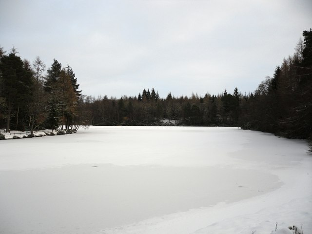 A frozen Upper Lake, Bowhill