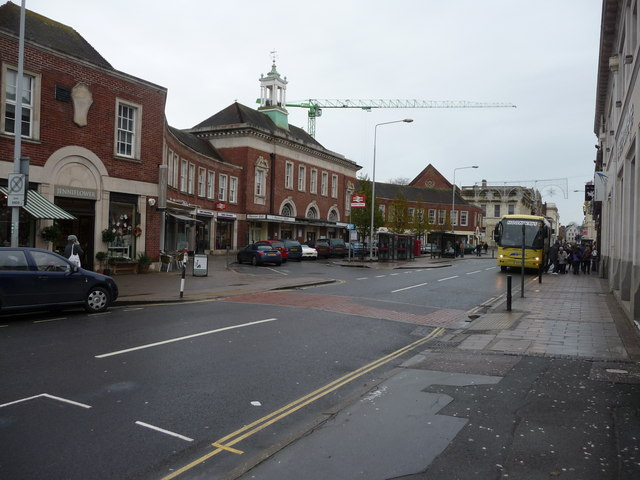 Exeter : Queens Street & Exeter Central Rail Station