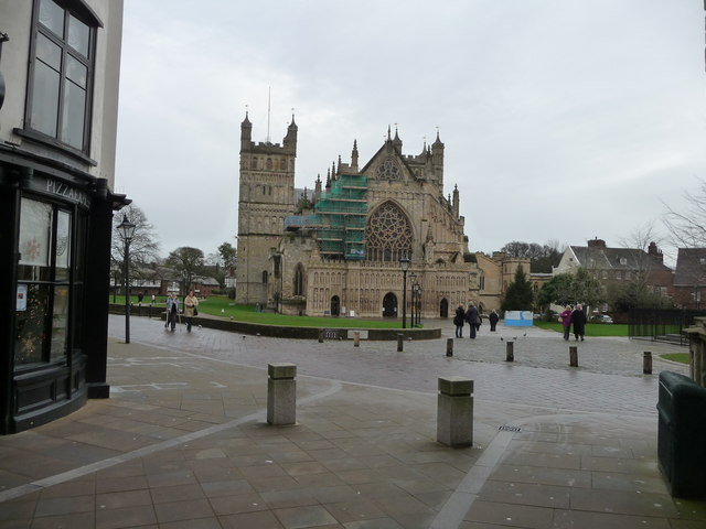 Exeter : Exeter Cathedral & Cathedral Yard