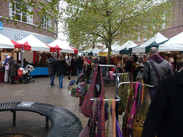 Exeter : High Street & Stalls