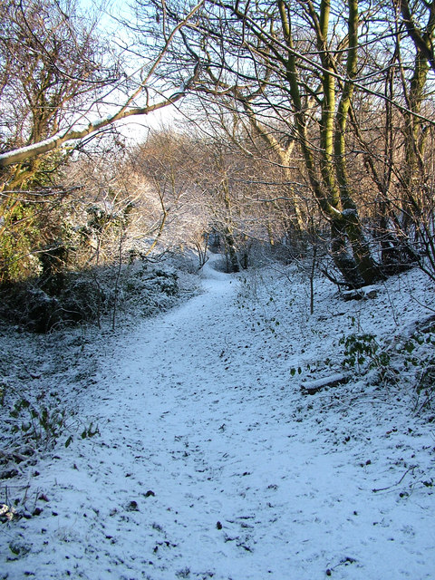 Footpath off Ouchthorpe Lane, Newton Hill.