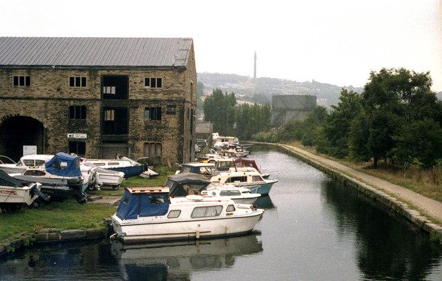 Rochdale Canal, Sowerby Bridge