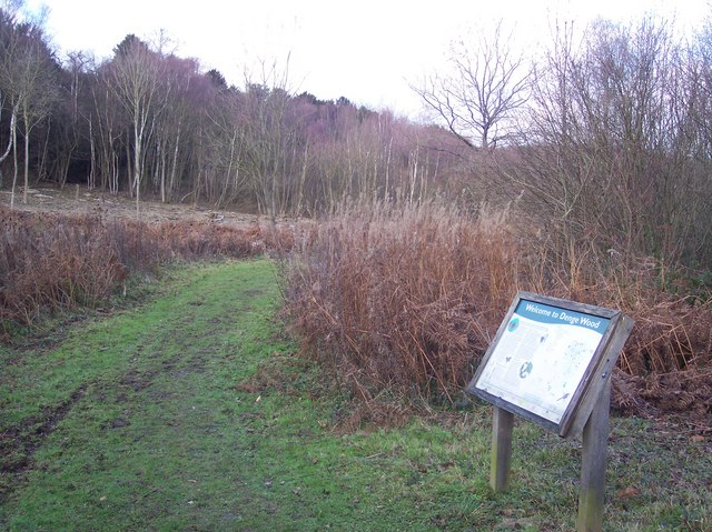Information Board on the path to the Warren