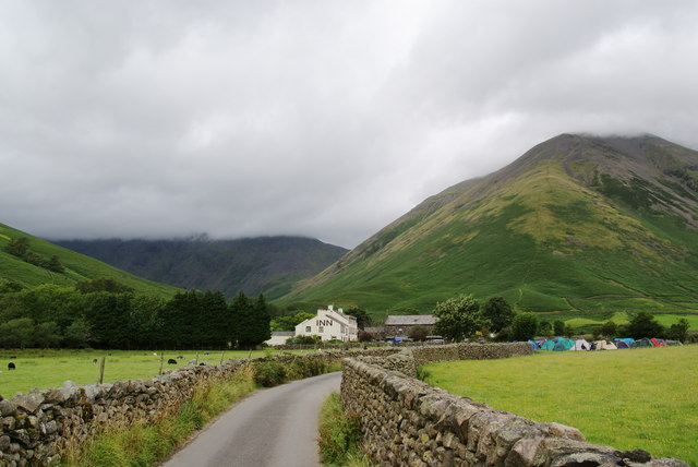 The lane approaching Wasdale Head